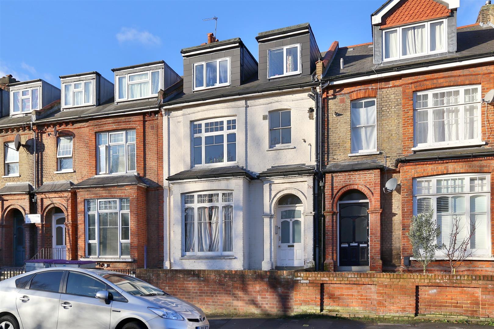 2 Bedrooms Flat for sale in West Bank, London